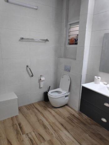שיפוץ חדר אמבטיה ברחובות קומפלט