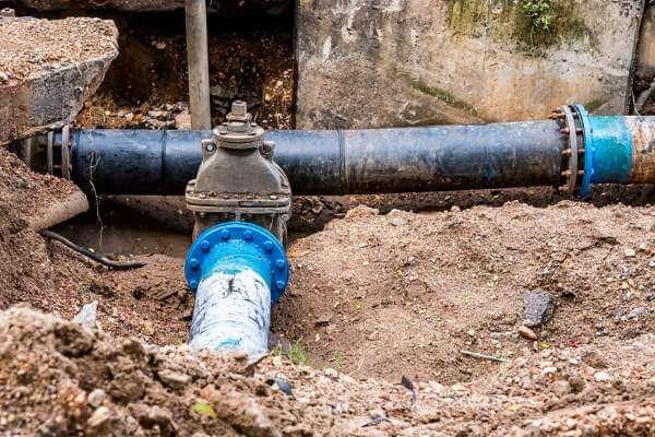 החלפת צינור מים ראשי בבניין מחיר