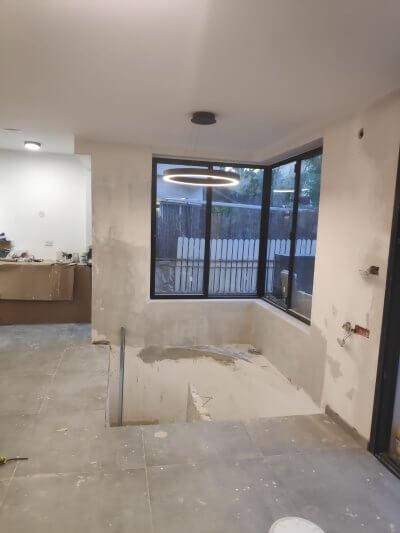 שיפוץ דירה בזול כולל חלונות